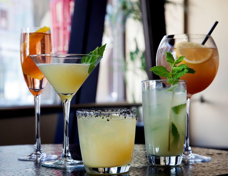 E and O cocktails
