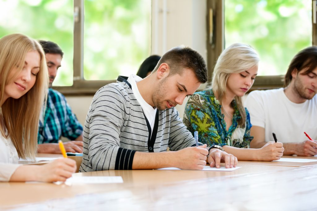Phrasal Verbs ESL classroom