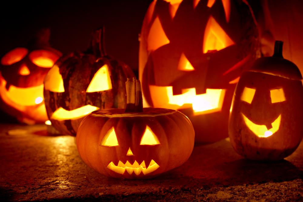 Halloween.Pumpkin.Carving.Holiday