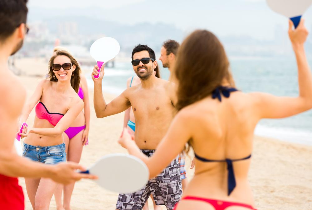 Paddleball.Beach.Game.Fun.Friends