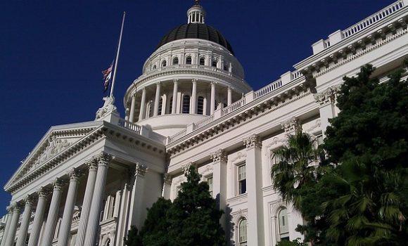English Capitalization Rules + A Trip to Sacramento, California's Capital