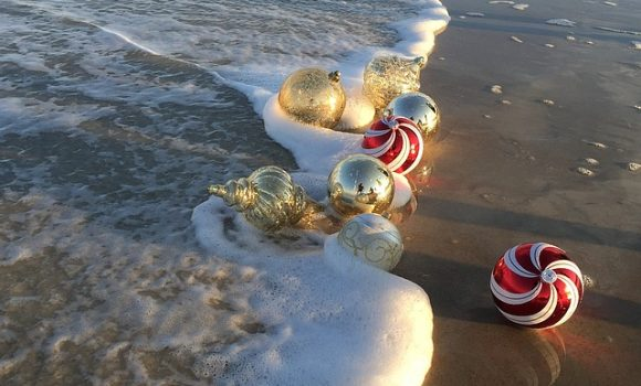 Christmas in California: 5 Holiday Traditions to Experience